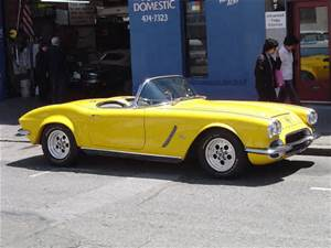 1962 Yellow Corvette